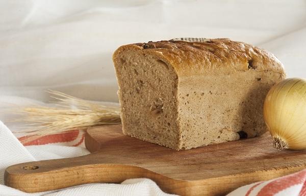 Chleb pytlowy z cebulką