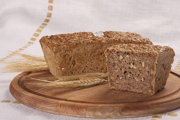 Chleb razowy ze słonecznikiem