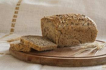Chleb graham z ziarnem